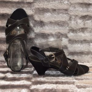 8.5M COACH AND FOUR Black Leather 3'' Chunky Heel